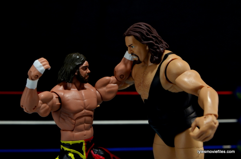 WWE Elite 38 Macho Man Randy Savage review - punching Giant