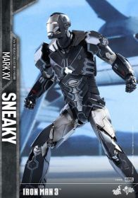Hot Toys Iron Man Sneaky armor -ready for takeoff