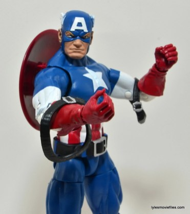Marvel Legends Captain America review -shoulder straps down