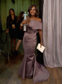 """LOS ANGELES, CA - JANUARY 30: Actress Viola Davis, winner of the award for Outstanding Performance by a Female Actor in a Drama Series for """"How to Get Away with Murder,"""" poses backstage at the The 22nd Annual Screen Actors Guild Awards at The Shrine Auditorium on January 30, 2016 in Los Angeles, California. 25650_014 (Photo by Larry Busacca/Getty Images for Turner) *** Local Caption *** Viola Davis"""