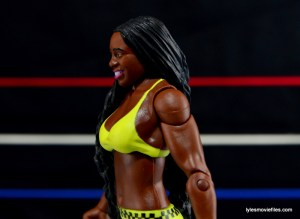 WWE Mattel Basic Naomi figure review -side profile