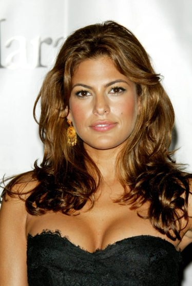 eva-mendes-hot-in-black-top