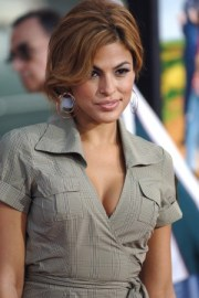 eva-mendes-tan-top