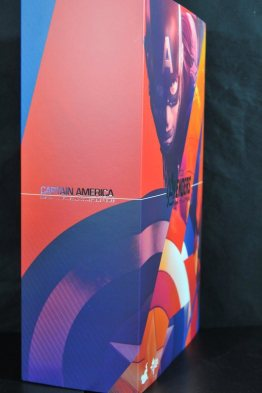 hot-toys-captain-america-age-of-ultron-figure-left-side-package