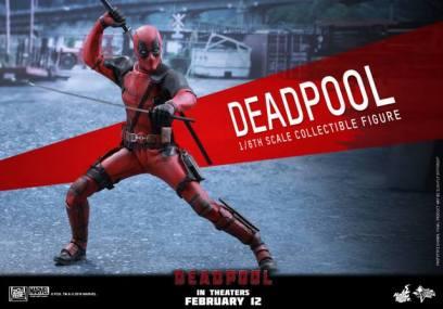 Hot Toys Deadpool figure - swords out