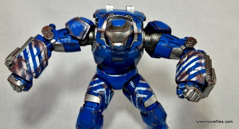 Iron Man 3 Igor Comicave Studios figure review - marching to battle