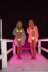 spring breakers vanessa hudgens ashley benson bikinis