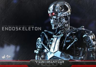 Hot Toys Terminator Genisys endoskeleton -profile shot