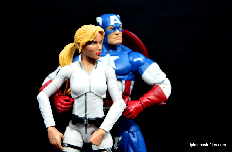 Marvel Legends Sharon Carter figure review - Sharon Carter and Captain America