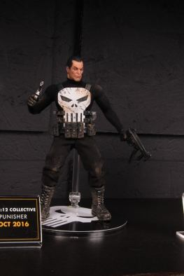 Mezco Toys pre-Toy Fair -Punisher modern