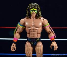 Ultimate Warrior Hall of Fame figure -front close up