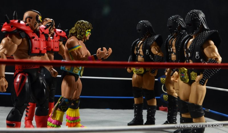 Ultimate Warrior Hall of Fame figure -with LOD against Demolition