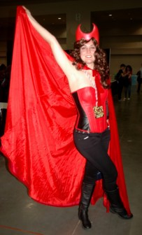 awesome-con-2014-scarlett-witch