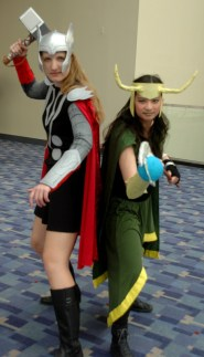 awesome-con-2014-thor-and-loki