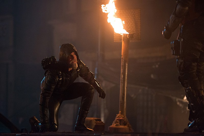Legends of Tomorrow TV Reviews dc's legends of tomorrow - star city 2046 review - stephen amell as older arrow