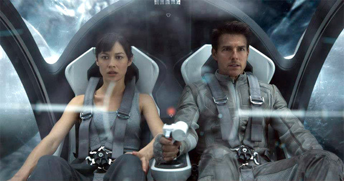 oblivion movie review - tom cruise and olga kurylenko