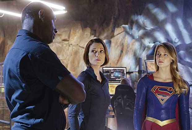 supergirl-bizarro-review - hank alex and supergirl