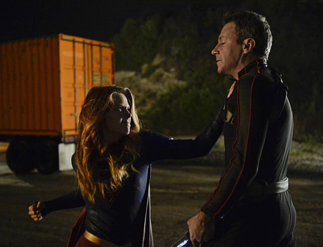 supergirl for the girl who has everything review - supergirl vs non