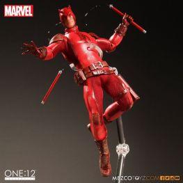 Dardevil One 12 Mezco Toyz figure -on stand