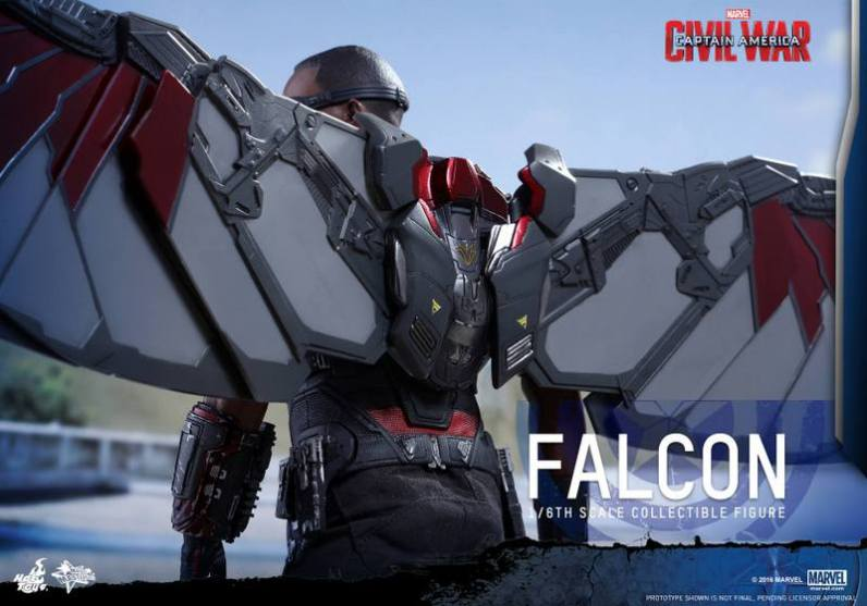 Hot Toys Captain America Civil War Falcon figure -wing detail