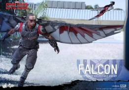 Hot Toys Captain America Civil War Falcon figure - with Redwing