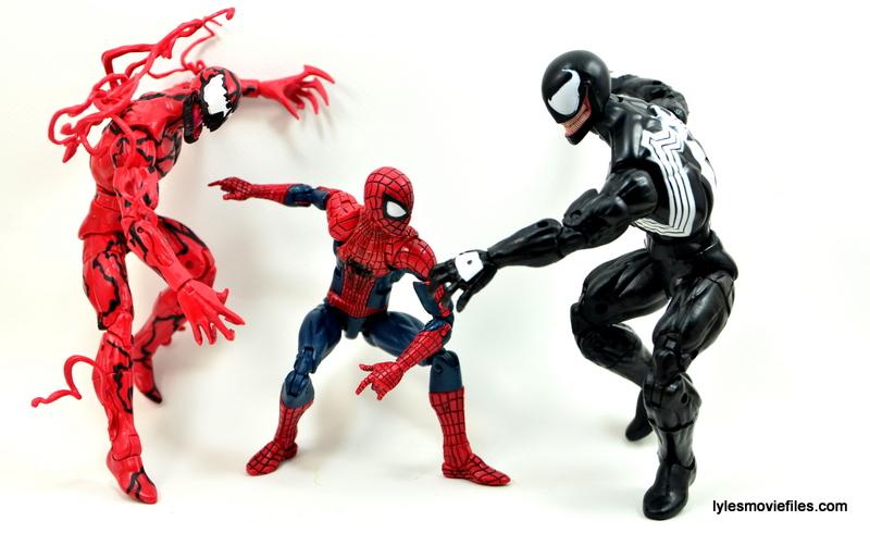 Marvel Legends Venom figure review - Maximum Carnage