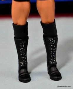 WWE Sasha Banks figure review - boot detail