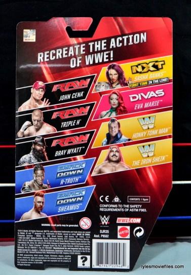 WWE Sasha Banks figure review - rear package