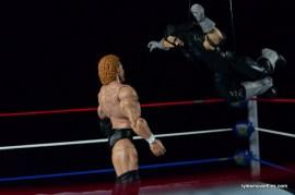 Wrestlemania 13 - Sycho Sid vs The Undertaker -flying clothesline