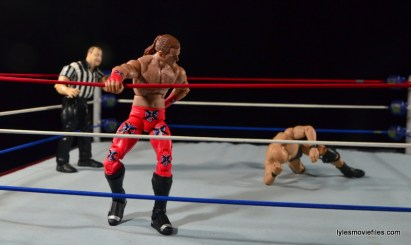 Wrestlemania 14 - Shawn Michaels vs Stone Cold - HBK aching back