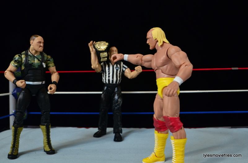 Wrestlemania 7 - Sgt Slaughter faces off with Hulk Hogan