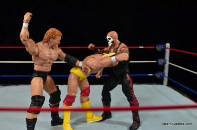 Wrestlemania 8 - Hogan vs Sid - Papa Shango and Sid attack Hogan