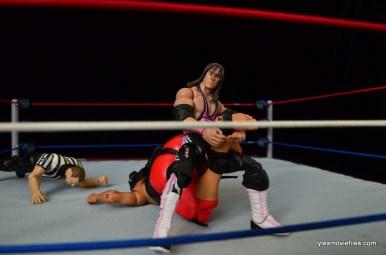 Wrestlemania 9 - Bret Hart has Yokozuna in Sharpshooter