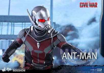 Hot Toys Civil War Ant-Man figure -close up