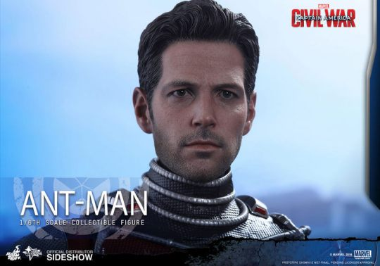 Hot Toys Civil War Ant-Man figure -head close up