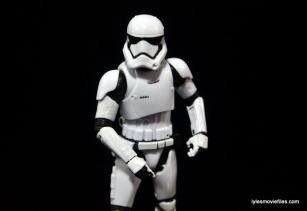 Star Wars The Force Awakens - The Black Series Stormtrooper review -marching-min