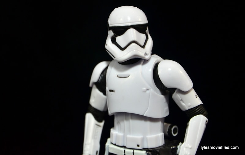 Star Wars The Force Awakens - The Black Series Stormtrooper review -side profile-min