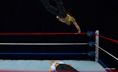 WWE Elite 41 Lita figure -moonsault