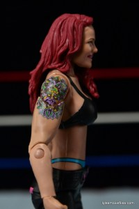 WWE Elite 41 Lita figure -tattoo detail