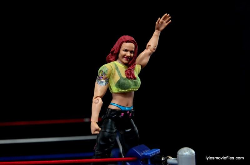 WWE Elite 41 Lita figure -victory pose