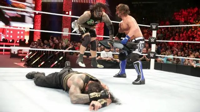 WWE Extreme Rules 2016 - AJ Styles hits Usos and Reigns