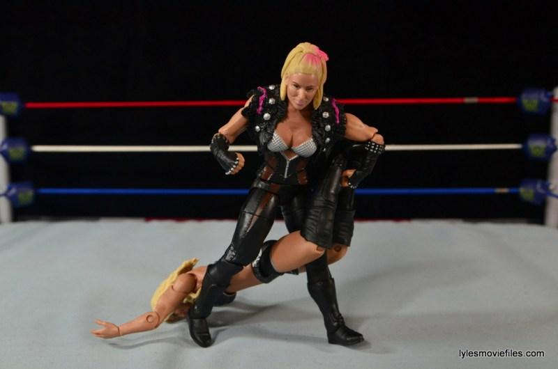WWE Natalya figure review - Sharpshooter to Charlotte
