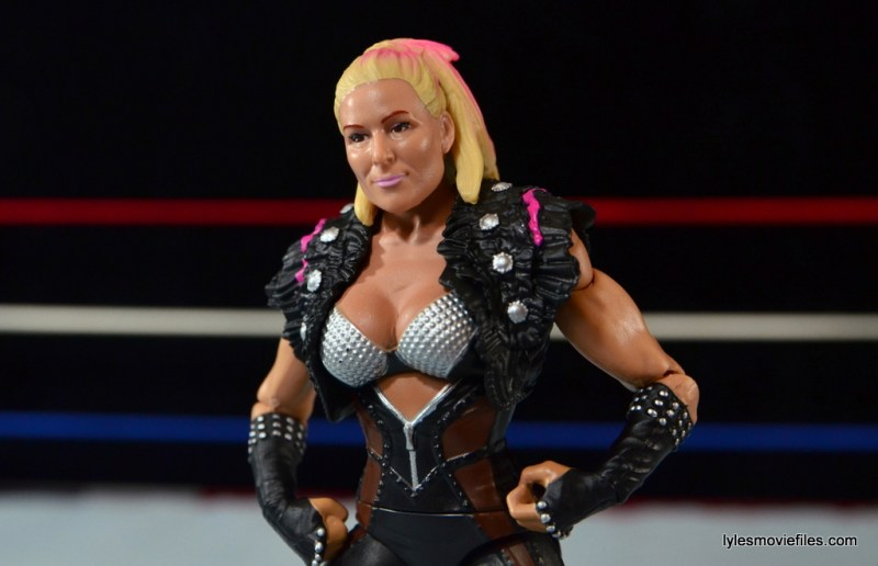 WWE Natalya figure review - hands on hips