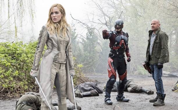 legends of tomorrow - legendary review - White Canary, atom and heat wave-min