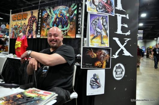 Awesome Con 2016 -Mark Tex posing-min