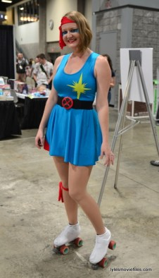 Awesome Con 2016 cosplay - Dazzler on roller skates