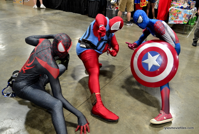Awesome Con 2016 cosplay - Trio of Spider-Men