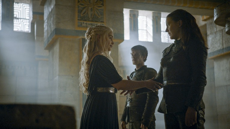 game of thrones battle of the bastards - daenerys, theon and yara