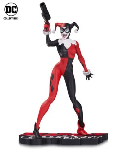 DCC SDCC reveals HQ_Red_White_Black_Lee_Statue_