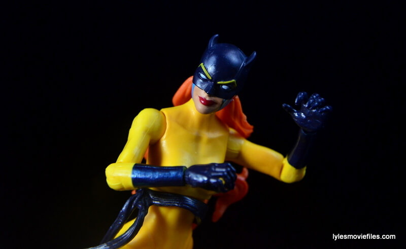 Marvel Legends Hellcat figure review - claws up